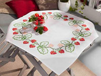 Strawberries Border Tablecloth