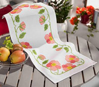 Wils Rose Table Runner