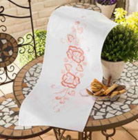 La Rose Table Runner