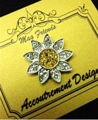Glamorous Silver Daisy Magnet