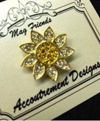 Glamorous Gold Daisy Magnet