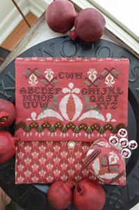 Pomegranate Pocket & Pin Cushion