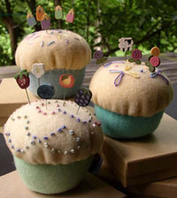 Cupcake  Pincushion Kit