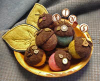 Acorn Medley Mini Pincushions Kit