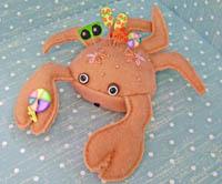 Shelby the Crab Pincushion Kit