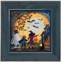 2017 Autumn Button & Bead - Moonlit Treaters