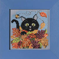 2021 Autumn Button & Bead - Playful Cat