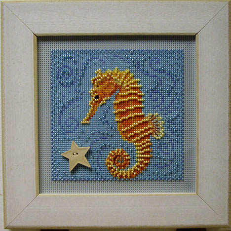 SHOP MODEL - SEAHORSE BUTTON & BEAD KIT