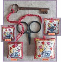 Cupcakes Scissor/Key Keep Kit