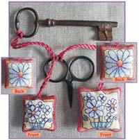 Daisies Scissor/Key Keep Kit