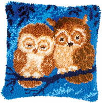 Cuddling Owls Latch Hook Cushion Kit